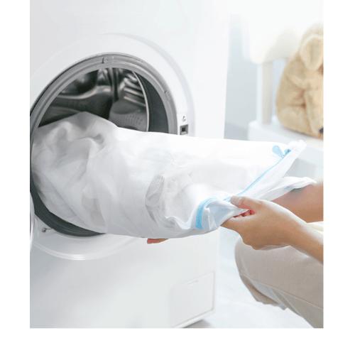 SAKU ถุงซักผ้าตาข่าย ขนาด 33x22x22 cm GU103 สีขาว