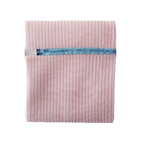 SAKU ถุงซักชุดชั้นใน ขนาด 24x21x2 cm. GU109 สีแดง