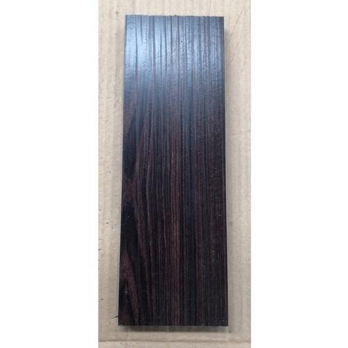 WELLINGTAN อลูมิเนียมอเนกประสงค์ ผิวเสมือนจริง หน้ากว้าง 2นิ้ว ยาว4เมตร  ALU4-2T06 Chocolate Walnut สีขาว