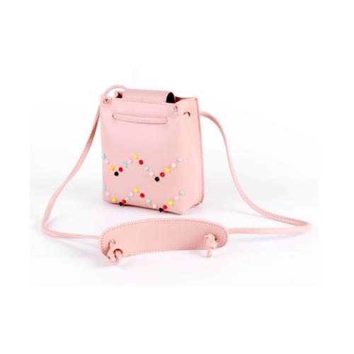 USUPSO กระเป๋าสะพายปักหมุด สีชมพูอ่อน -