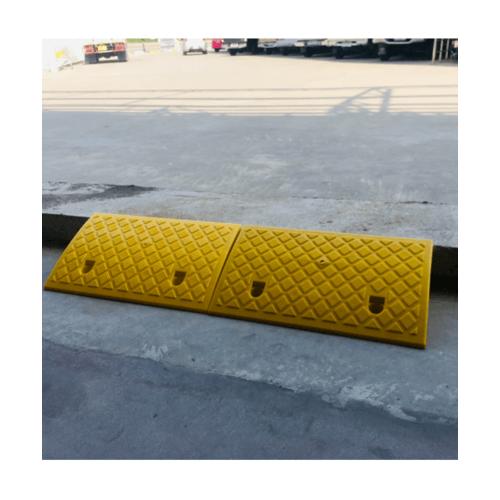 Protx ยางปีนไต่ฟุตบาท 50x27x13Cm.  PQS-CJ-019A สีเหลือง