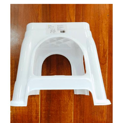 LUXUS เก้าอี้พลาสติก ZH011-WH สีขาว