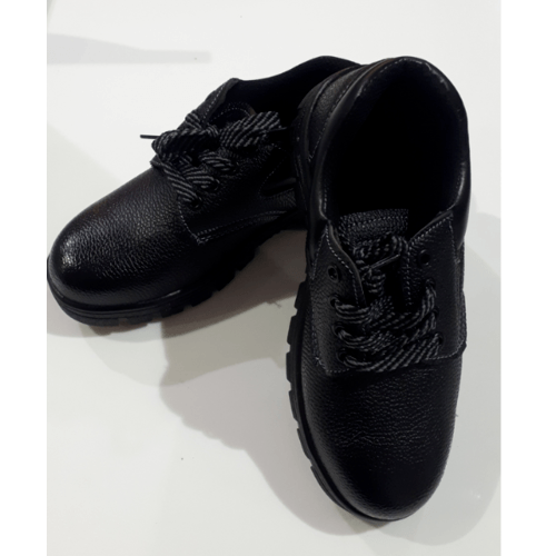 Protx รองเท้าเซฟตี้ พื้นเหล็ก เบอร์44 PT101 สีดำ