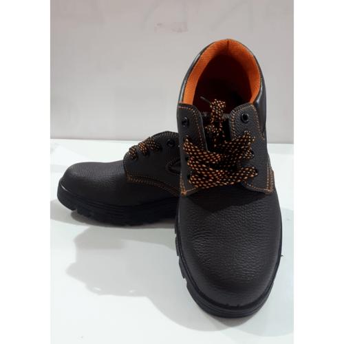 Protx รองเท้าเซฟตี้ พื้นเหล็ก เบอร์ 45  PT102 สีน้ำตาล