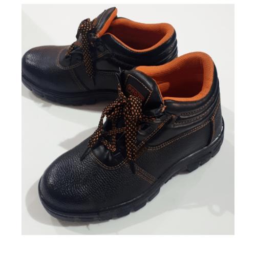 Protx รองเท้าเซฟตี้ พื้นเหล็ก เบอร์41  PW106 สีดำ